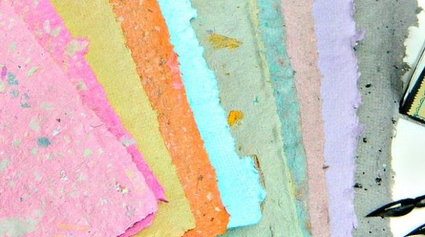 contoh procedure text - making handmade paper from recycled materials